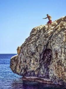 cliff dive locations