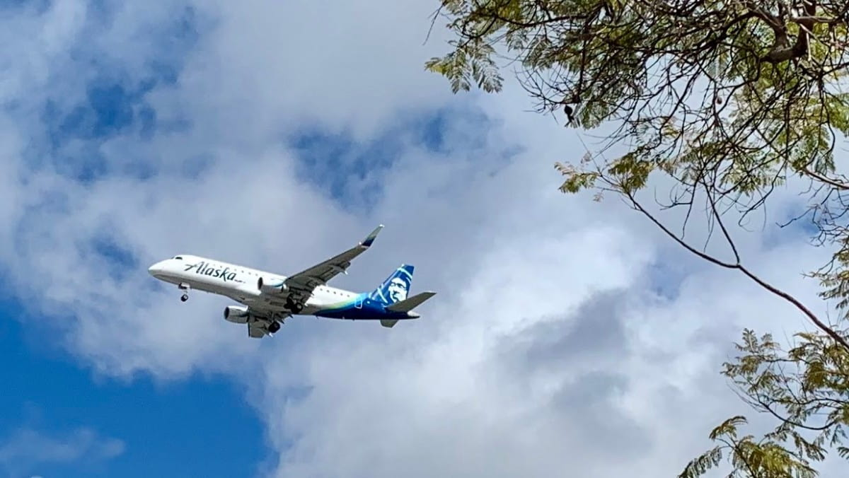 alaska airlines baggage fees