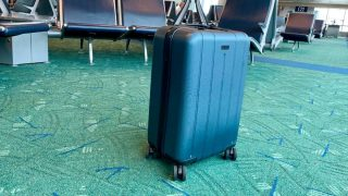 Chester luggage review travel carry-on spinner suitcase minima